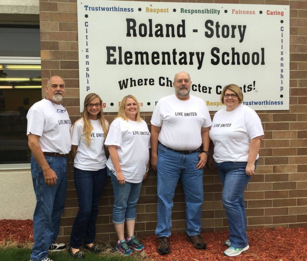 CCJ staff participates in Raising Readers at Roland Story Elementary School